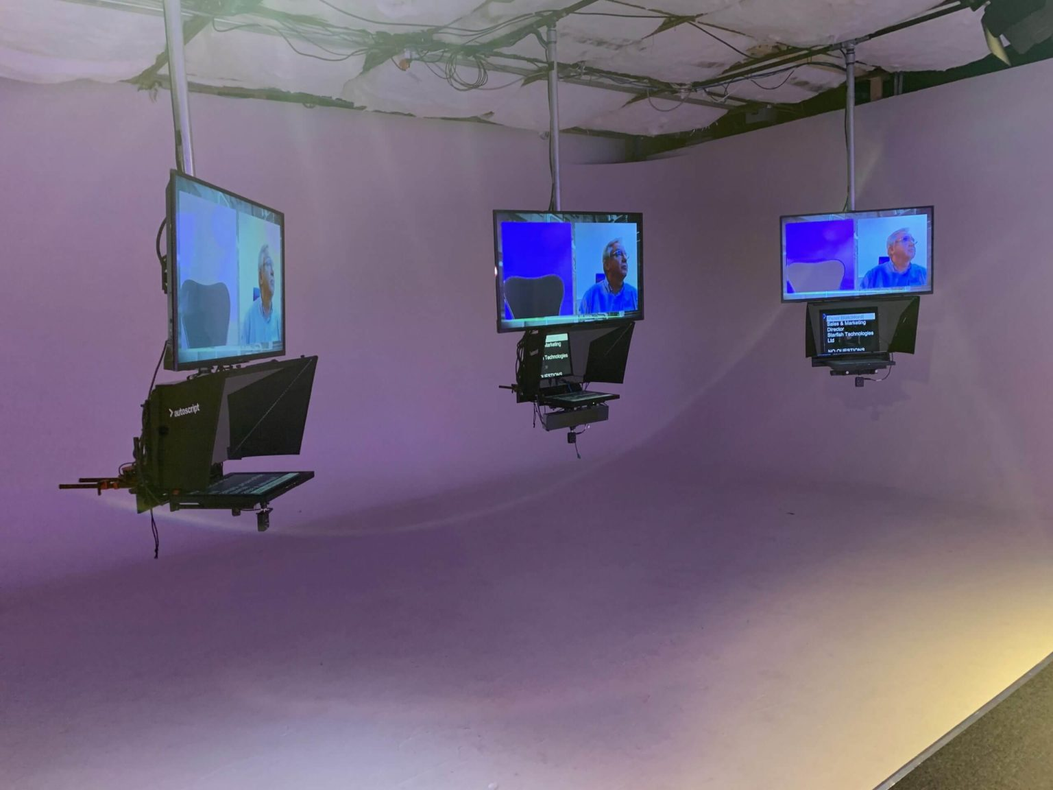 Broadcast Beat Teleprompters